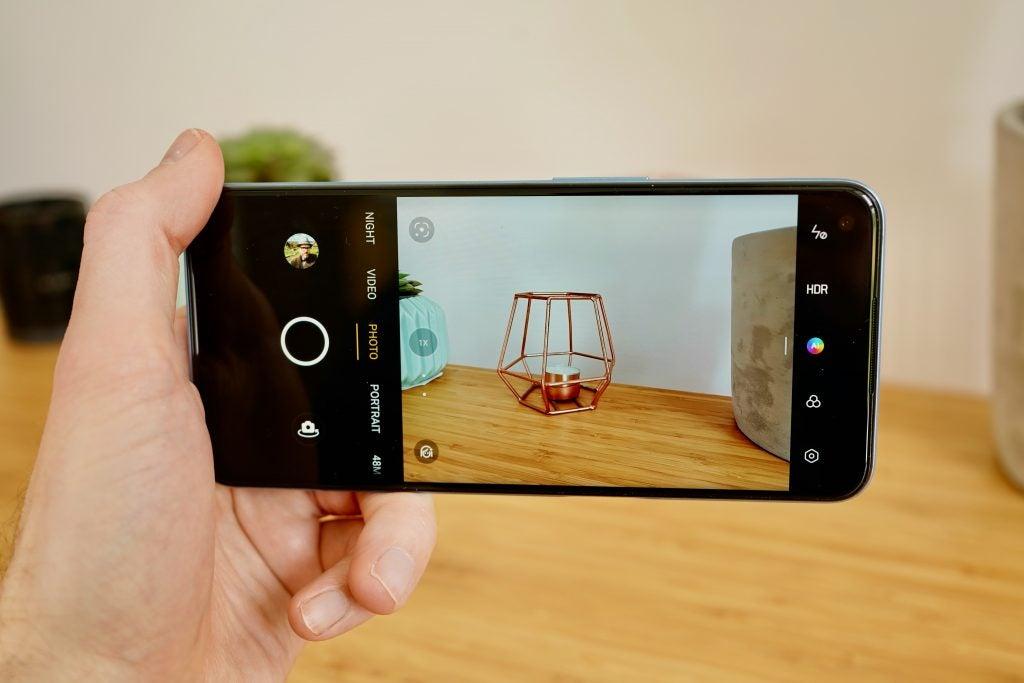 IU de la cámara Realme 8 5G tomando una foto